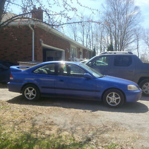 2000 Honda Civic Si Coupe (2 door)