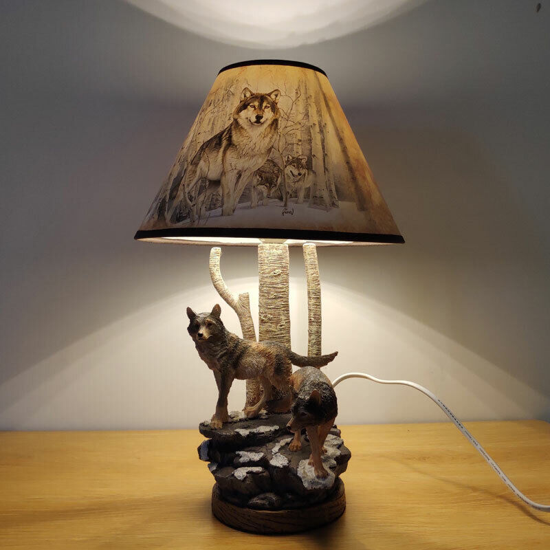 Wolf Table Lamp