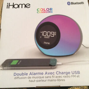 iHome iBT29 Bluetooth Clock Radio - Colour Changing