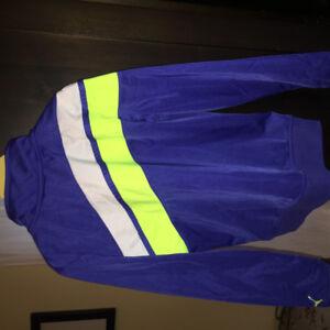 Girls Puma track jacket size m(7/8)