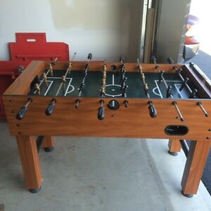 Table de babyfoot (foosball)