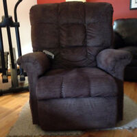 Pride Professional Lifting Recliner - Brown - Perfect Condition