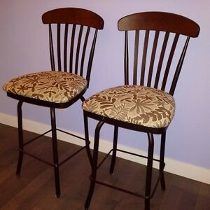 Beautiful swivel bar chairs with comfortable back