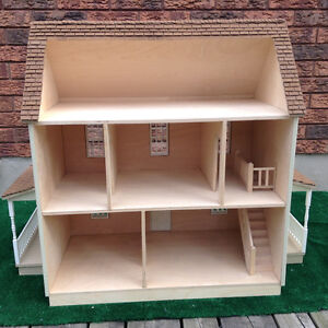 1:12 scale dollhouse with wrap around porch Kitchener / Waterloo Kitchener Area image 2