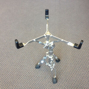 Pearl snare stand (état A1)