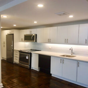 Luxury Renovated Hotel-Style 3BR In Toronto's D/T East - $2797!!