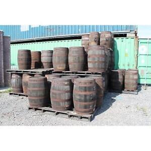 Barils de bois véritable disponible à l'unité ou en grande quantité