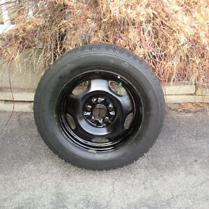 Kumho Izen Winter Tires 225 60 16 on 5x114.3 Rims. Very Nice