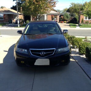 Treat yourself to a 2004 Acura TSX Lady driven