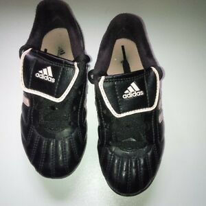 Adidas soccer cleats, size 11