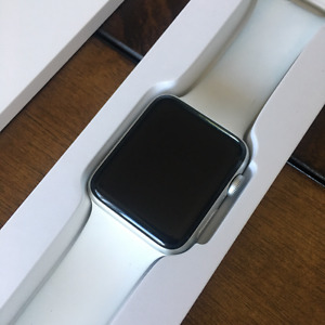 Apple Watch Series 2 - Used