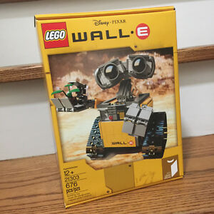 Lego Ideas Disney Wall-E: Brand New in Sealed RETIRED SET 21303