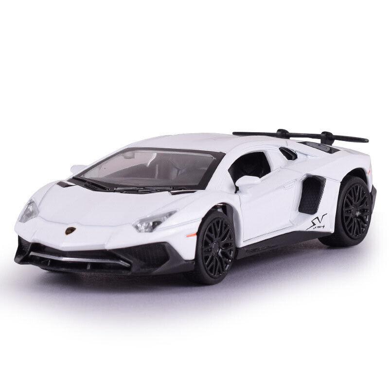 Lamborghini Aventador LP750-4 SV 1//32 Metall Modellauto Spielzeug Kinder Schwarz