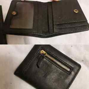 Fossil wallet! Never used! Perfect condition
