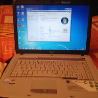 "Acer Aspire 5720Z Laptop-15.4""-Ordinateur portable 15.4"" Win7 Pr"