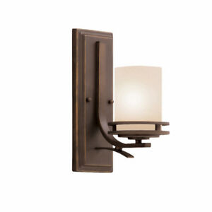 BRAND NEW Kichler Hendrik wall sconce OVER 50% OFF RETAIL PRICE