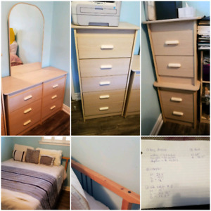 Queen size complete bedroom set for 450.00