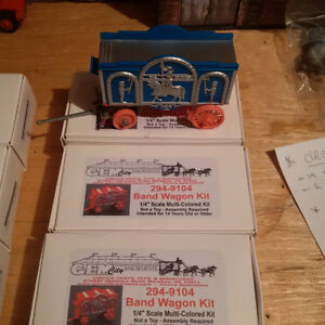 Lionel Style - Gem City Circus Wagon Kits (NEW) O Scale