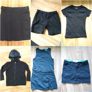 Uniformes sans logo fille bleu marin et noir entre 6 et 8 ans