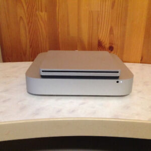 Mac Mini Server Quad Core i7 with External DVD Drive!