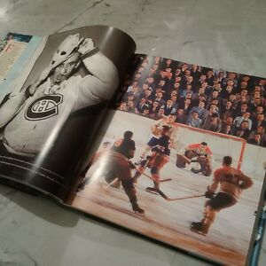 SPORTS ILLUSTRATED HOCKEY BOOK - BRAND NEW, MINT CONDITION Cambridge Kitchener Area image 1