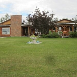 231 Acres, home, barn, guest cottage