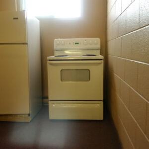 "Frigidaire 30"" Electric stove"