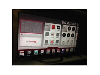 LG SMART 47in 3D LED TELEVISION WITH 2 PAIRS OF 3D CLASSES