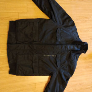 Plain Black Fall Jacket