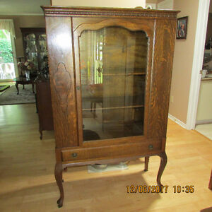 QUARTER OAK, QUEEN ANNE, CHINA CABINET