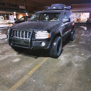 JEEP GRAND CHEROKEE 5.7L HEMI LIMITED MODIFIED