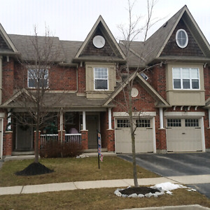 4 bedroom, 3 bath townhouse in south end of Guelph