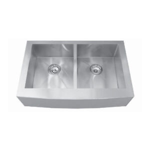 Kindred QDFS31B 33 x 20 Apron Front Double Bowl Sink
