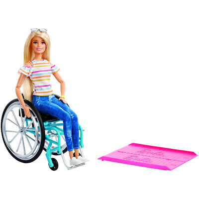 Barbie GGL22 Fashionistas Doll with Wheelchair & Accessory Ramp, Blonde