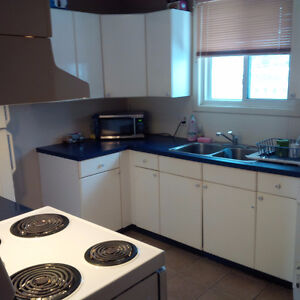 ROOM FOR RENT IN A HOUSE PREFERABLY MALE. ALL INCLUSIVE AND Kitchener / Waterloo Kitchener Area image 6