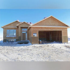 158 St Andrews: BEAUTIFUL, NEW Custom Home in Niverville!
