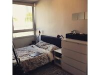 DISCOUNTED DOUBLE ROOM IN STREATHAM-AVAILABLE FOR COUPLES-BE QUICK!