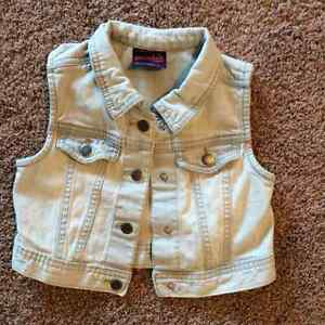 Sleeveless Jean Jacket, 3T