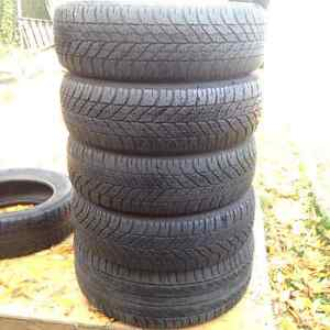 Set of 4 Goodyear winter tires 205//60/16 West Island Greater Montréal image 2