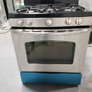 STOVE GE MODEL JGB500SEP3SS BLACK WITH WARRANTY!