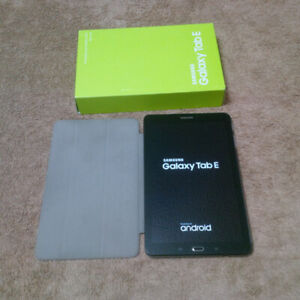 """Samsung Galaxy Tab E SM-T560NU 9.6"""" Tablet comes with Box/Case1"""