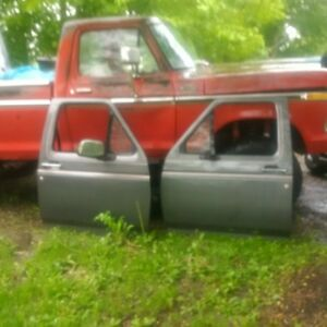 92-96 ford truck doors