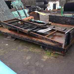 Complete Flat deck/Stake deck with hydraulic lift off 5 ton