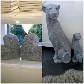 Next glitter sculptures