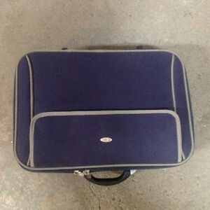 Luggage Fendi Carry On used only once
