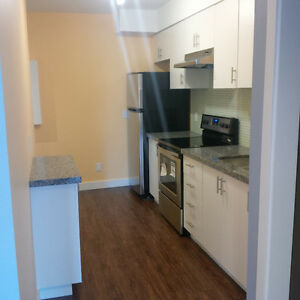 YONGE AND LAWRENCE (BEDFORD PARK) - 2 BDRM APARTMENT