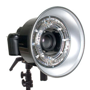 """Alien Bees Ringlight flash with 30"""" moon unit"""
