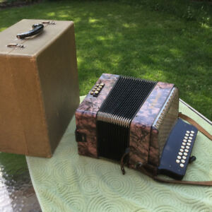 Hohner Button Accordian