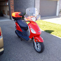 2006 Piaggio Fly 150 gas scooter for sale PRICE REDUCED