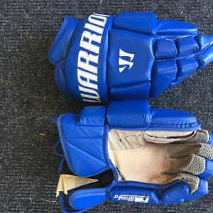 "Warrior Blue Goalie Lacrosse Gloves 13"" London Ontario image 1"